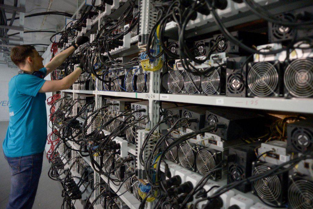 مرکز داده حرفه ای استخراج بیت کوین