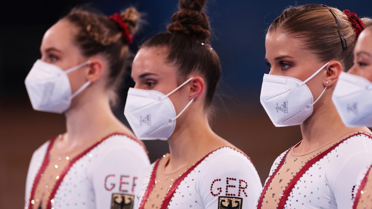 لباس پوشیده تیم ژیمناستیک زنان آلمان